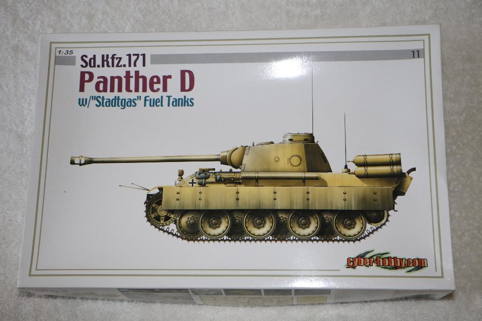 "CYB6346 - Cyber Hobby 1/35 Sd.Kfz.171 Panther D w/""stadtgas"" Fuel Tanks"