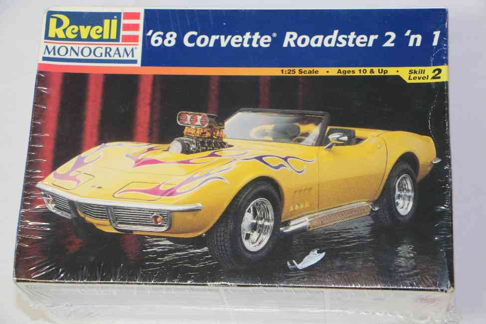 REV2544 - Revell 1/25 1968 Corvette Roadster 2'n 1
