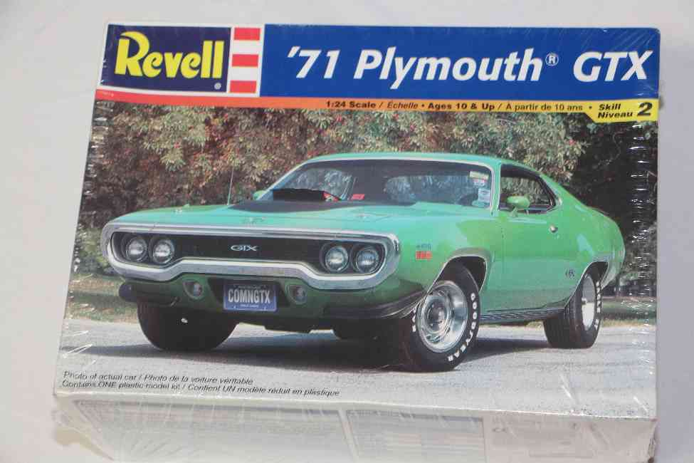 REV2166 - Revell 1/24 1971 Plymouth GTX