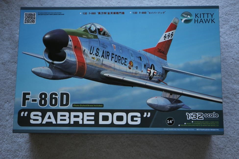 "KITKH32007 - Kitty Hawk 1/32 F-86D ""Sabre Dog"""