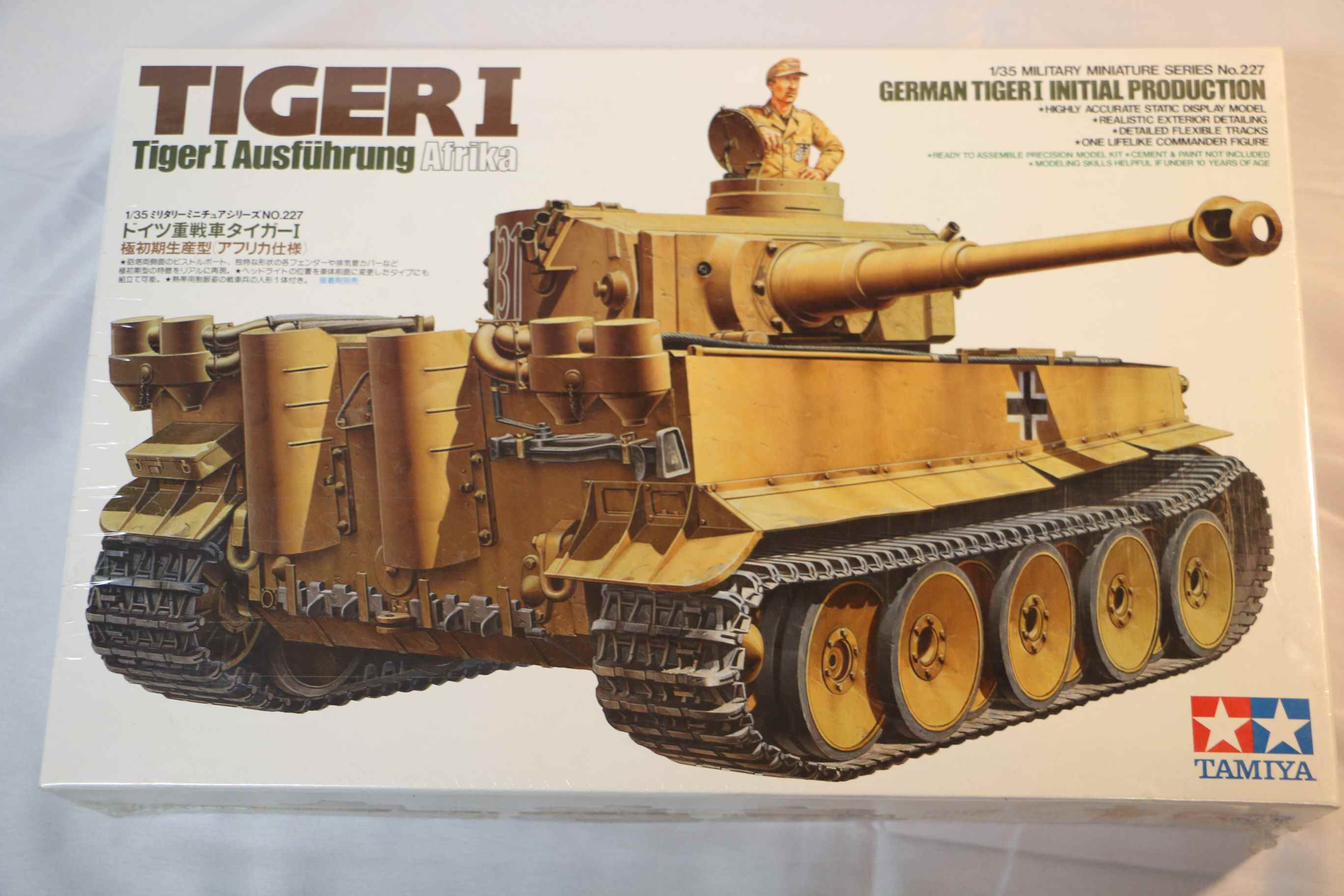 TAM35227 - Tamiya 1/35 Tiger I Initial Production