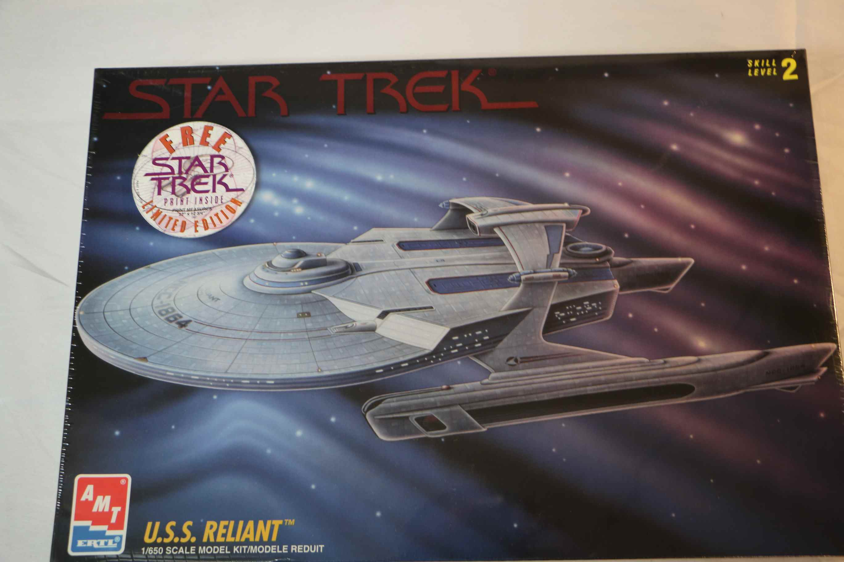 AMT8766 - AMT 1/650 Star Trek USS Reliant
