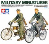 TAM35240 - Tamiya 1/35 GERMAN SOLDIERS W/BICYCLES