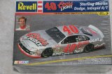 RMX85-2170 - Revell 1/24 '40' Coors Dodge Intrepid R/T