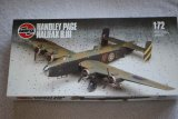 AIR06008 - Airfix 1/72 Handley Page Halifax B III