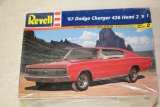 REV7669 - Revell 1/25 67 Dodge Charger 426 Hemi 2'n1