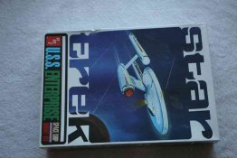 AMT610 - AMT 1/650 Star Trek Enterprise (AMT Orig)