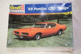 REV2443 - Revell 1/24 69 Pontiac GTO Judge