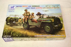 BROCB35218 - Bronco 1/35 British Recce and Signals Light Truck with Crews