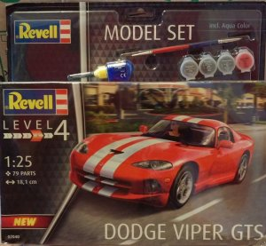 REV67040 - Revell 1/25 Dodge Viper GTS - Model Set Series
