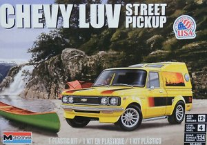 REV4493 - Revell 1/24 Chevy Luv Street Pickup
