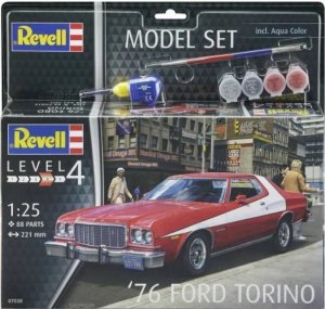 REV67038 - Revell 1/25 1976 Ford Torino - Model Set Series