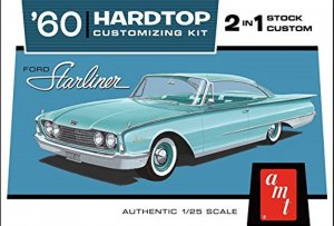 AMT1055 - AMT 1/25 1960 FORD STARLINER