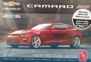 AMT978 - AMT 1/25 2016 CAMARO SS MOLDED IN WHITE