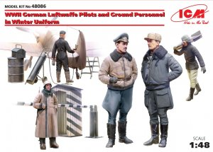 ICM48086 - ICM 1/35 WW II German Luftwaffe Pilots and Ground Personnel in Winter Uniform