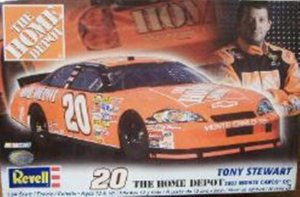 REV85-2078 - Revell 1/24 2007 The Home Depot #20 Monte Carlo SS Tony Stewart