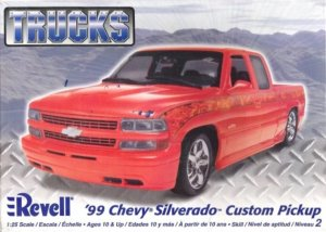 REV85-7200 - Revell 1/25 1999 Chevy Silverado Custom Pickup - Trucks Series