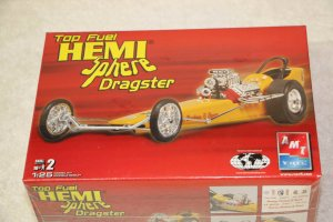 AMT38483 - AMT 1/25 Hemi Sphere Top Fuel Dragster Limited Release