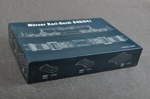 TRP00208 - Trumpeter 1/35 Morser Karl-Gerat 040/041 on railway transport carrier