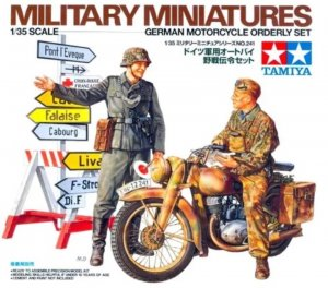 TAM35241 - Tamiya 1/35 GERMAN MOTORCYCLE ORDERLY SET