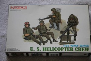 "DRA3311 - Dragon 1/35 U.S. Helicopter Crew ""NAM SERIES"""