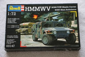 RAG03147 - Revell 1/72 HMMWV Tow Launcher & Ambulance