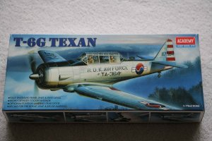 ACA1662 - Academy 1/72 T-6G Texan R.O.K. Airforce