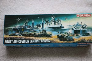 DRA7011 - Dragon 1/700 Soviet Air-cushion Landing Crafts