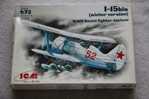 ICM72013 - ICM 1/72 I-15bis (Winter Vers)