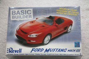 RMX0859 - Revell 1/25 Ford Mustang Mach III-Basic Builder