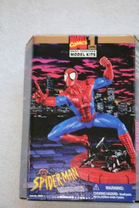 TOY48651 - Toy Biz Spider-man Marvel Comics