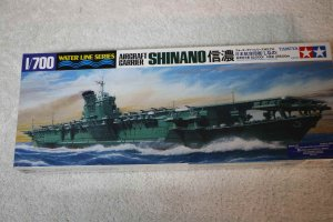 TAM31215 - Tamiya 1/700 Shinano Aircraft Carrier
