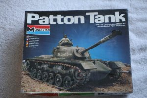 MON6501 - Monogram 1/35 Patton Tank