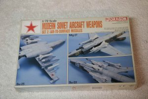 DRA2505 - Dragon Weapons Soviet Air set 2 1/72 air to surface missi
