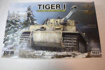 RYE5025 - Rye Field 1/35 Tiger I Early w/Interior