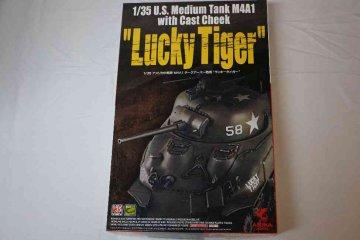 ASU35035 - Asuka Model 1/35 M4A1 Sherman 'Lucky Tiger'