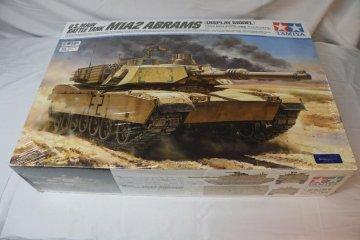 TAM36212 - Tamiya 1/16 M1A2 Arrams U.S. Main Battle Tank