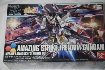 BAN0216576 - Bandai 1/144 Amazing Strike Freedom Gundam