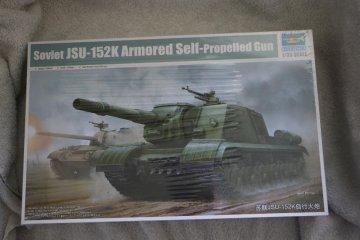 TRP05591 - Trumpeter 1/35 Soviet JSU-152K Armored Self-Propelled Gun