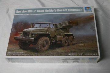 TRP01028 - Trumpeter 1/35 Russian BM-21 Grad Multiple Rocket Launcher