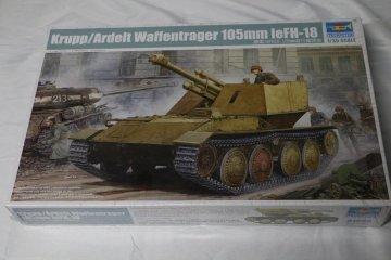 TRP01586 - Trumpeter 1/35 Krupp/Ardelt Waffentrager 105mm LeFH-18