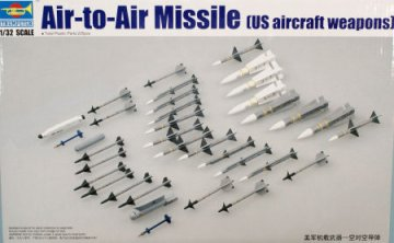 TRP03303 - Trumpeter 1/32 Air-To-Air Missle US Aircraft Weap