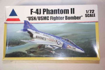 ACC0411 - Accurate Miniatures 1/72 F-4J Phantom II USN/USMC