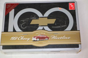 AMT702 - AMT 1/25 1951 Chevy Fleetline