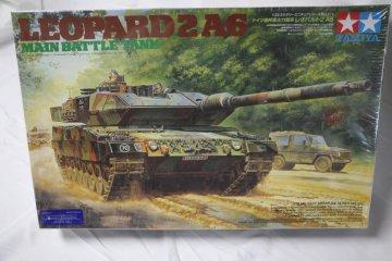 TAM35271 - Tamiya 1/35 Leopard 2 A6 Main Battle Tank