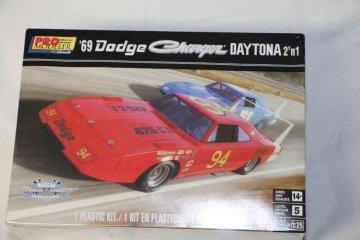 REV4413 - Revell 1/25 1969 Dodge Charger Daytona