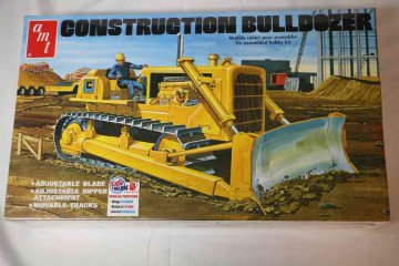 AMT1086 - AMT 1/25 Construction Bulldozer