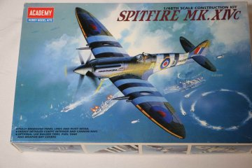 ACA2157 - Academy 1/48 Spitfire Mk XIV