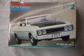 MON2912 - Monogram 1/24 69 Ford