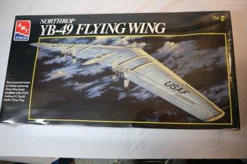AMT8619 - AMT 1/72 Northrop YB-49 Flying Wing